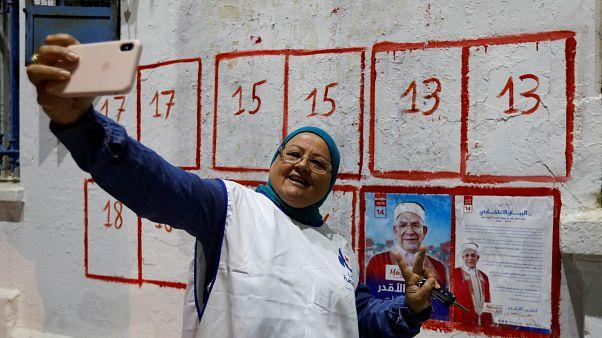 Megkezdődött az elnökválasztási kampány Tunéziában