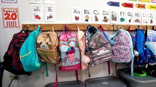 ABD'de silahlı saldırıların ardından kurşun geçirmez okul çantalarının satışları yüzde 300 arttı