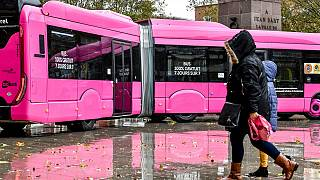 Ingyenessé tették a tömegközlekedést egy francia városban, egy év után megnézték, mennyire vált be