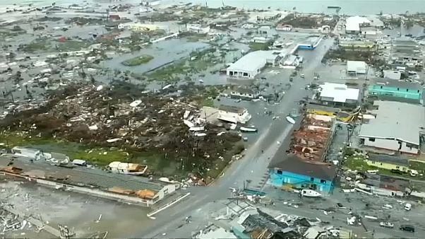 Bahamas em ruínas após passagem do furacão Dorian