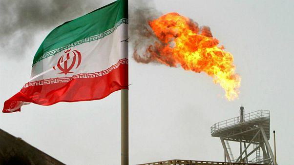 ایران: ۱۵ میلیارد دلار از محل فروش نفت عایدمان شود به اجرای کامل برجام باز میگردیم