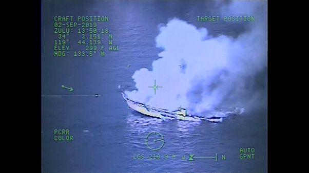Bίντεο από το φλεγόμενο σκάφος στην Καλιφόρνια