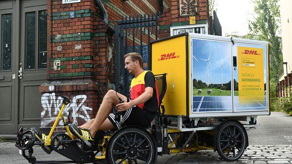 """شاهد: """"درجات الشحن الكهربائية"""" تتفوق على السيارات في ألمانيا"""