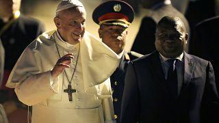 Papa Francisco chega a Moçambique em altura de reconcilação