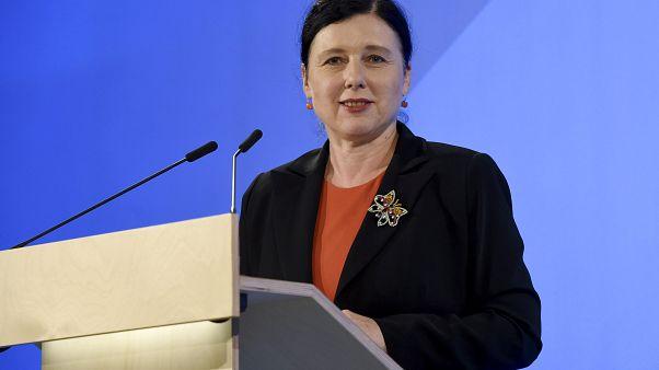 Közép-európai politikushoz kerülhet a jogállamiság az új bizottságban