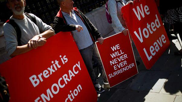 Tribunal escocês considera legal a suspensão do parlamento britânico
