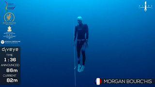 Weltmeisterschaft im Apnoetauchen: Titelfavorit Morgan Bourc'his (41)