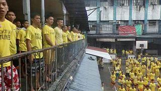 دوترته برای تحویل صدها زندانی آزاد شده در فیلیپین جایزه تعیین کرد