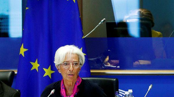 اروپا اوراق قرضه کمریسک و جذاب منتشر میکند