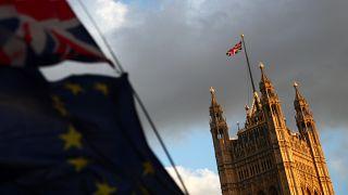 İngiltere Parlamentosu anlaşmasız Brexit ve erken seçime 'hayır' dedi
