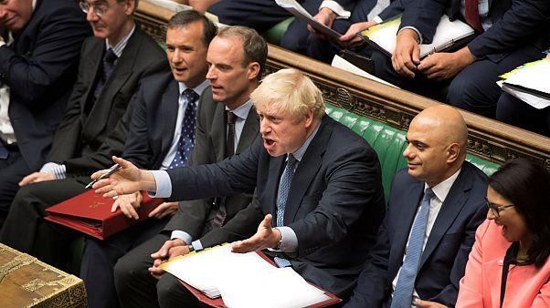 Boris Johnson pierde la batalla y deberá buscar un acuerdo para el Brexit