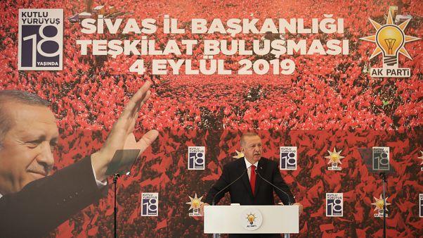 Βέλη Ερντογάν σε Κιλιτσντάρογλου για τα γεωτρύπανα με αποδέκτες Κύπρο-Ελλάδα