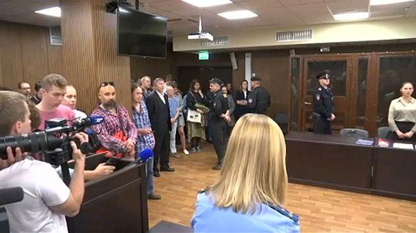 Újabb tüntetőket ítéltek el Moszkvában