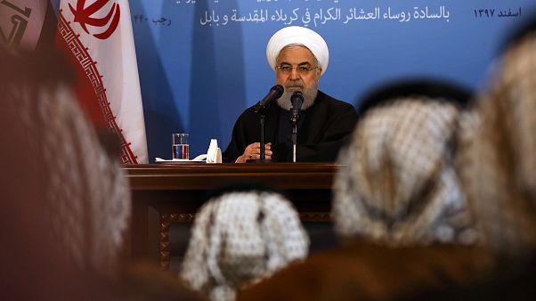 روحاني خلال لقاء برؤساء العشائر في كربلاء العراقية في آذار/مارس الفائت