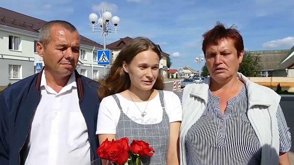 В Республике Беларусь девушка нашла своих родителей после 20 лет разлуки
