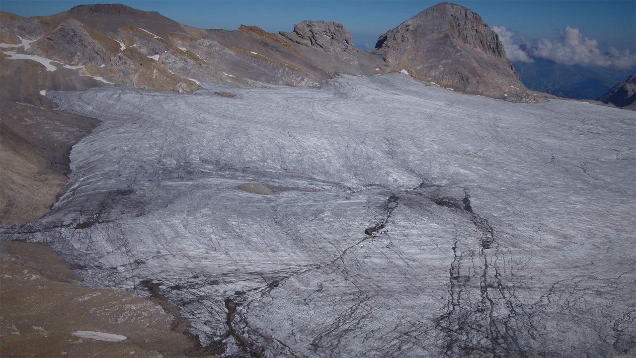 تغییرات آب و هوایی؛ از جنگلسوزی آمازون تا ذوب یخچالهای طبیعی سوییس