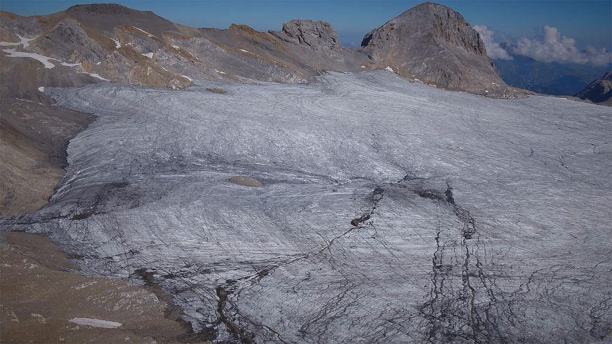 كتل الجليد في جبال الألب تختفي... كيف ولماذا؟