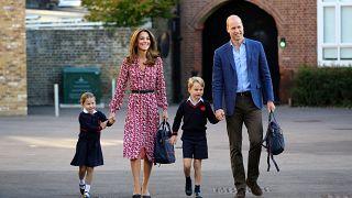 الأمير ويليام وكيت دوق كامبريدج يصطحبان الأميرة شارلوت في أول يوم تدخل فيه المدرسة 05.09.2019