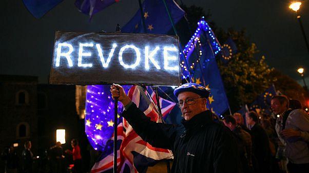 کشورهای اروپایی برای خروج بدون توافق بریتانیا از اتحادیه آماده میشوند