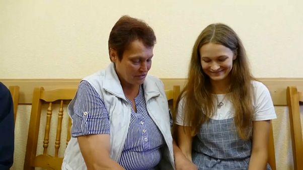 عائلة بيلاروسية تعثر على ابنتها على بعد 885 كيلومترا بعد اختفائها لمدة 20 سنة