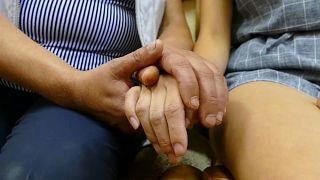 Verlorene Tochter findet Familie nach 20 Jahren wieder