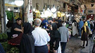 Los iraníes, víctimas del ''juego nuclear''