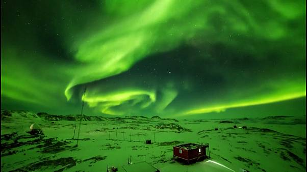 Aurora dances brightly above Zhongshan Station in Antarctica