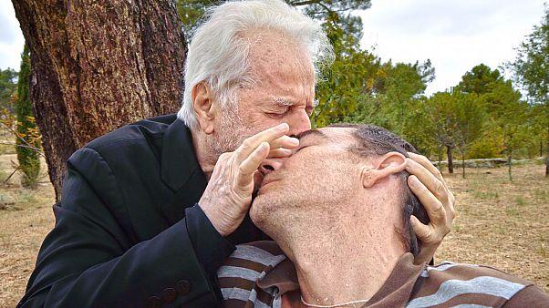 Alejandro Jodorowsky veut soigner les consciences avec sa psychomagie