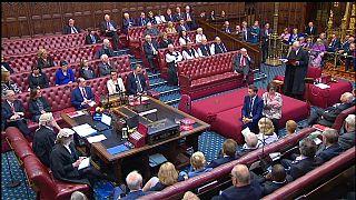 Lordes bloqueiam Brexit sem acordo a 31 de outubro