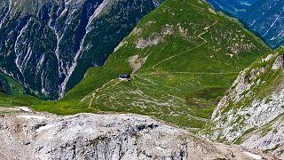 Deutscher Bergsteiger stürzt in den österreichischen Alpen in den Tod