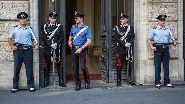 پلیس ایتالیا ۱۰ نفر را به اتهام تامین مالی «جبهه النصره» دستگیر کرد