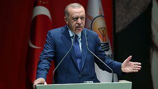 هشدار اردوغان به آمریکا: در مقابل ارسال سلاح به گروههای کردی در سوریه ساکت نمیمانیم