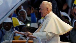 Papa Francis: Ormanların yok olması küresel bir tehdit olarak ele alınmalı