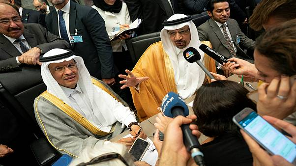 من هو الأمير عبد العزيز بن سلمان وزير الطاقة السعودي الجديد؟