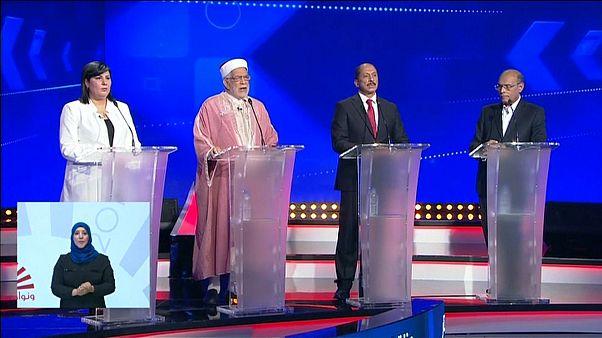 Images du premier débat télévisé pour l'élection présidentielle tunisienne