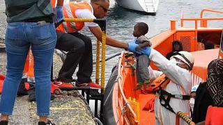 Más de un centenar de migrantes fueron rescatados en Canarias durante el fin de semana