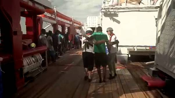 """Ocean Viking"" resgata 50 migrantes ao largo da Líbia"
