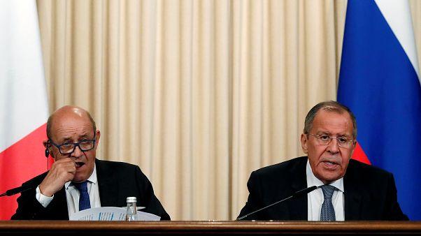 وزير الخارجية الروسي، سيرغي لافروف، ونظيره الفرنسي، جان-إيف لو دريان
