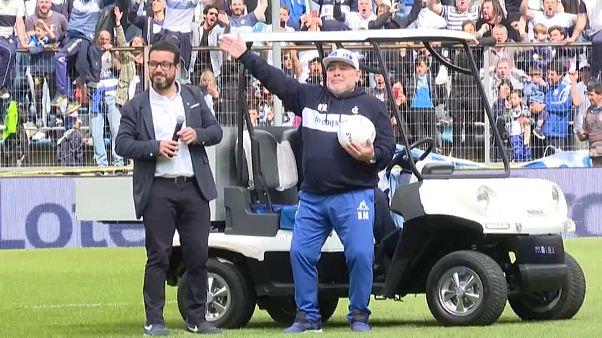 Diego Maradona feiert Comeback als Trainer