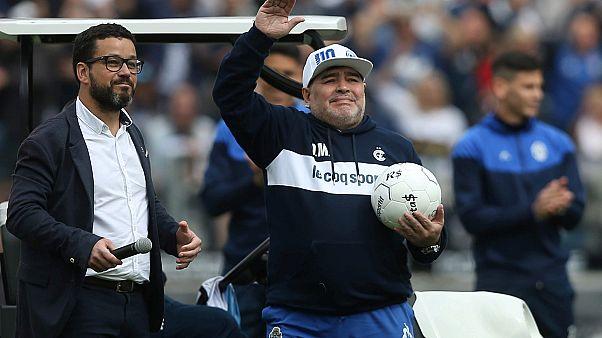 Maradona hazatért
