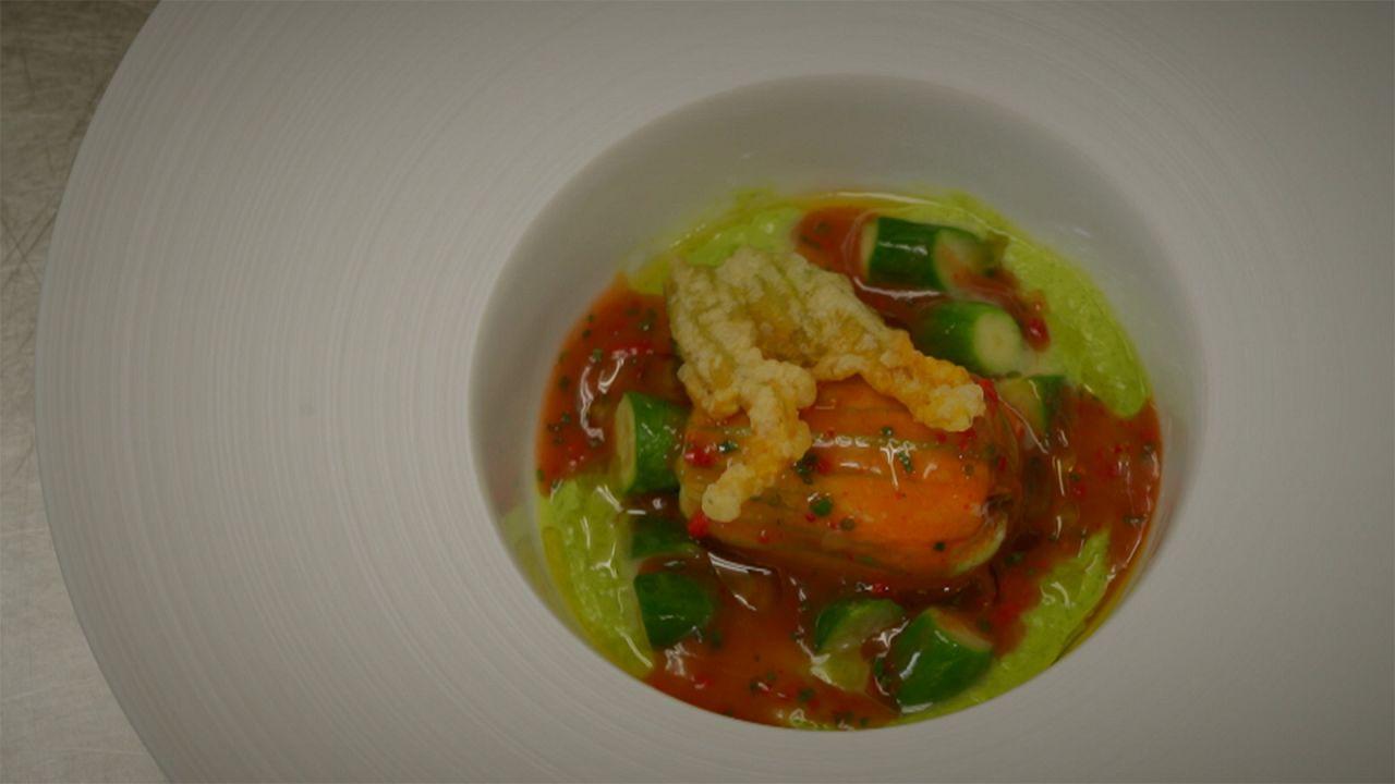 Rezept des Sterne-Kochs Thierry Voisin: Zucchini-Blüte mit Kamaboko