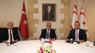 Τσαβούσογλου - Ακιντζί για τα ενεργειακά και το Κυπριακό