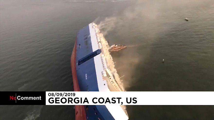 Navio naufragou na costa da Geórgia