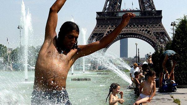 فرنسا: وفاة 1500 شخص إثر موجة الحر التي اجتاحت البلاد في حزيران وتموز