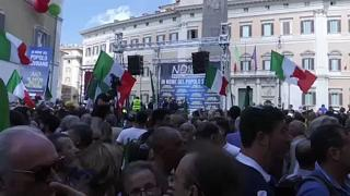 Conservadores protestam contra o novo Governo italiano