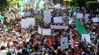 متظاهرون في الجزائر- أرشيف رويترز
