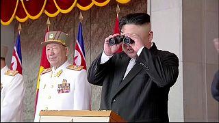 Coreia do Norte lança dois projéteis