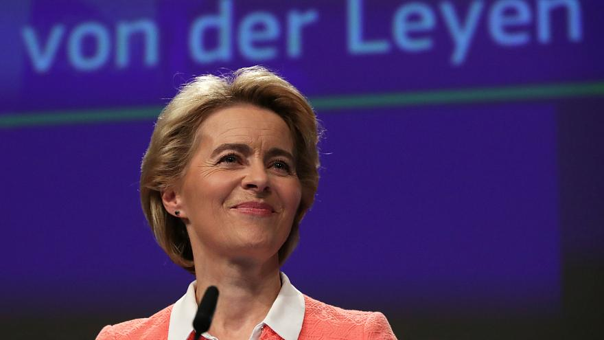 Ursula Von der Leyen presenta la sua squadra di commissari europei