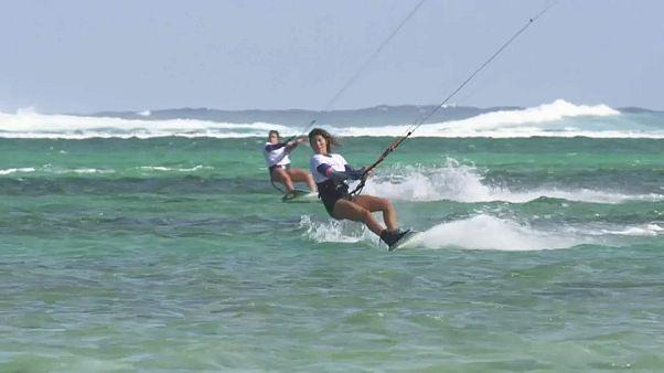 """Kite World Tour 2019"": 14-Jährige siegt auf Mauritius"