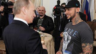Rusya Devlet Başkanı Vladimir Putin ve repçi Timati